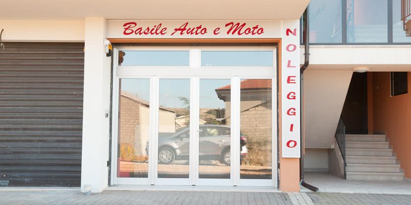 Basile auto s r l noleggio auto basile auto e moto s r l for Basile arredamenti potenza